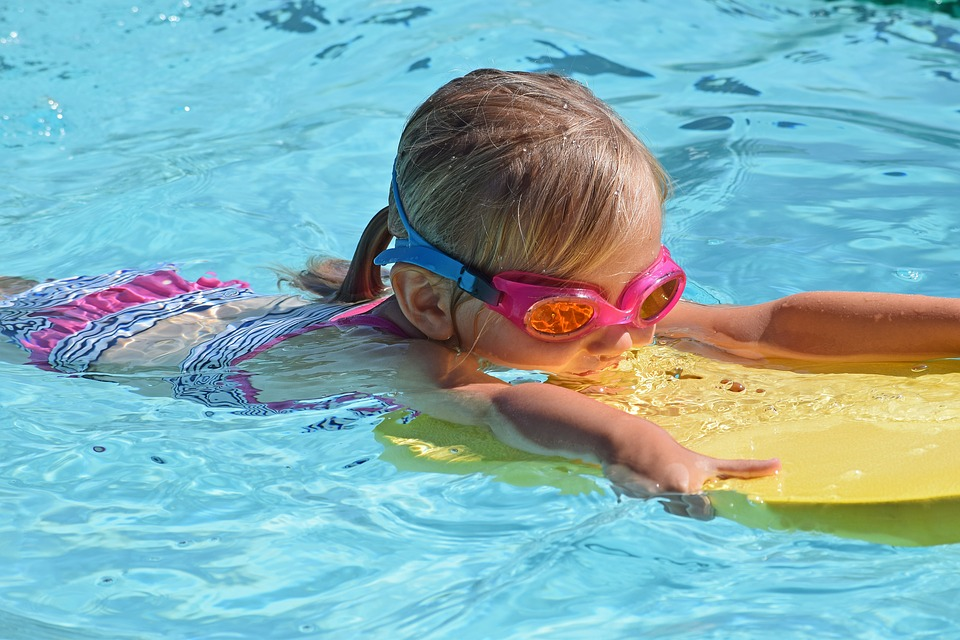 3 Ways to Keep Your Kids Safe When Staying At A Hotel With A Pool