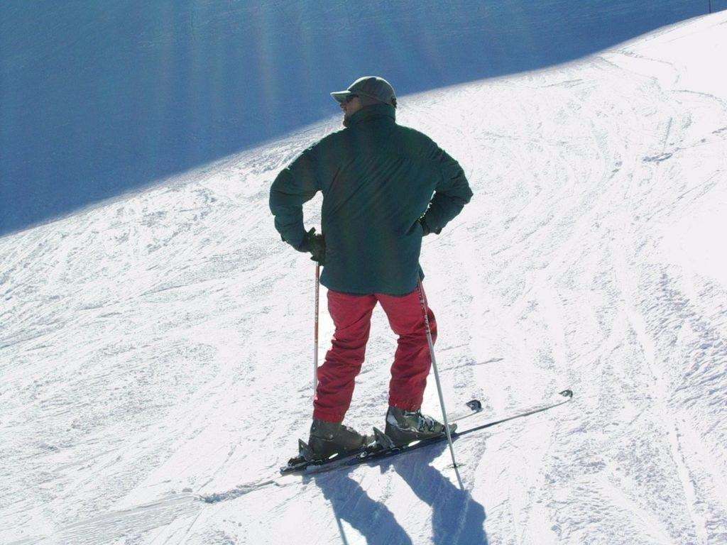 How to Enjoy a Ski Weekend Getaway When You're Single