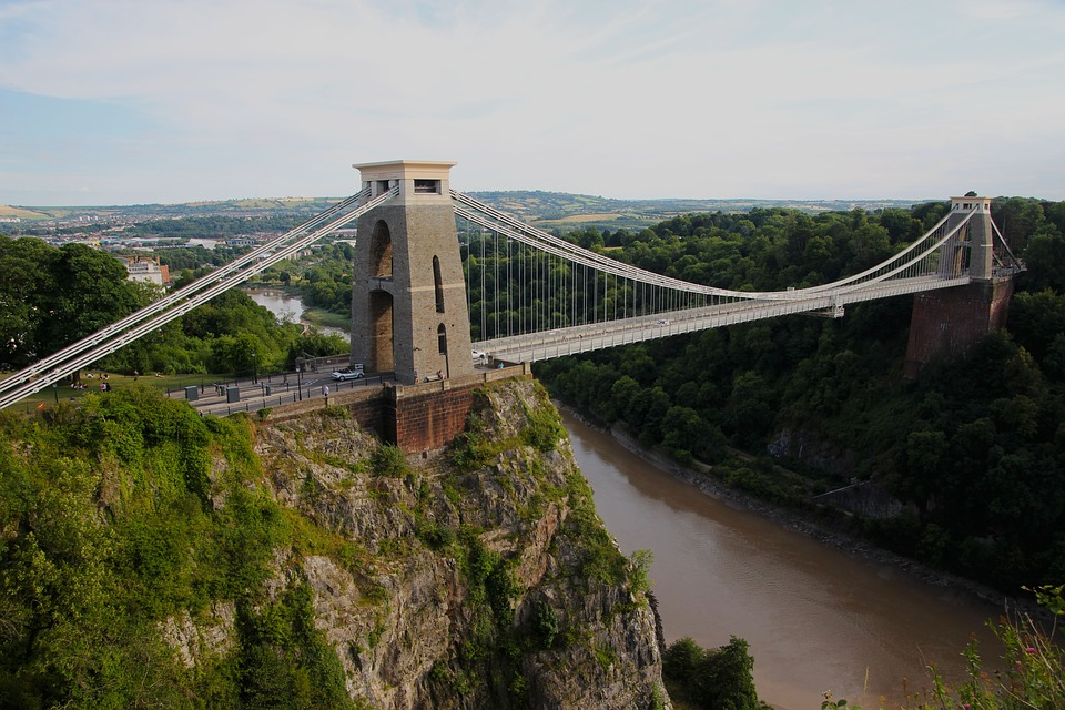 Why Rent a Bristol Serviced Apartment Instead of Staying on Your Boat?